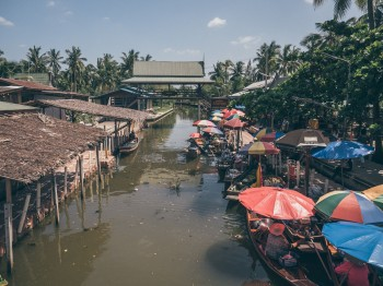Intrepid-ThaKa-FloatingMarket-2